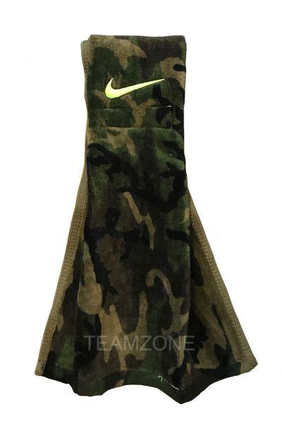 NIKE Amplified Football Towel - Woodland Camo